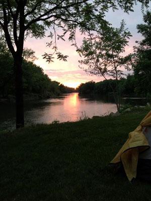 Cedar_river_camping